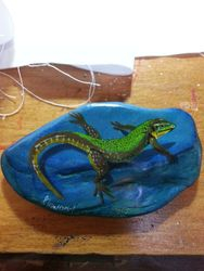 lizard on Azurite