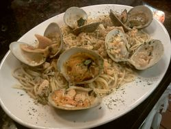 Clam Linguine with White Sauce