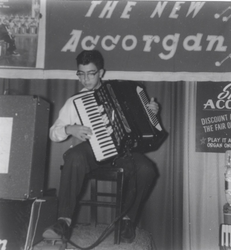 Joe D on New IORIO ACCORGAN (1960)
