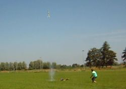 Lanceringsfoto 4L raket met onboard camera