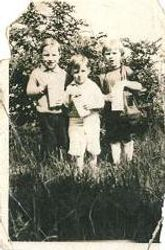 Pa, Uncle Gerold & Aunt Florence 1929