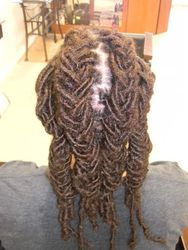 BRAIDED DREAD EXTENSIONS