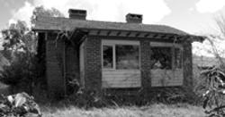 33 Hutchins St Yarralumla 1921- photo 2010