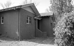 cr Bentham & Hutchins St 1921 cottage