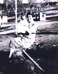 Harry Hamilton with his mother 1927