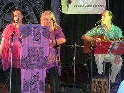 Tapestry performing at 'Folk Redlands 2010'