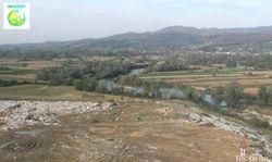 Gradska deponija u Kraljevu na obali Morave