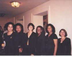 Las voces femeninas del coro