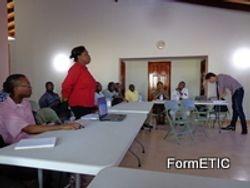Mme Cencia Fontaine intervenant sur la pertinence du TNI