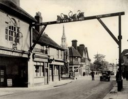 Four Swans Sign 1920s