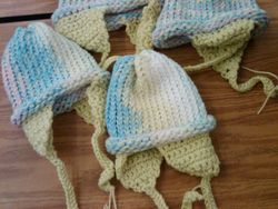 Baby hats for Peru