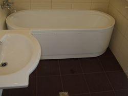 Lavoar,Vana baie,placat gresie clasic