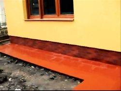 Montat caramida aparenta antichizata pe soclu casa,placat gresie alee