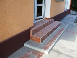 Placat gresie trepte scari exterioare,imagini amenajari exterioare pavat dale