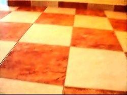Gresie marmorata in hol