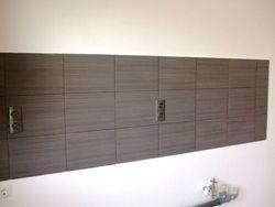 Bucatarie perete placat cu faianta