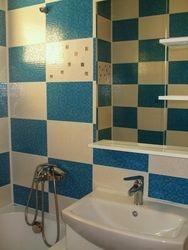 Oglinda baie cu etajere albe baie