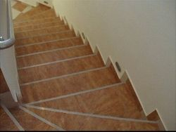 imagini scari placate cu gresie