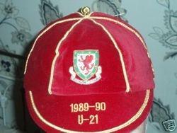 Gareth Hall's Wales Under 21 International Football Cap 1989-90 cap