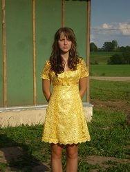 Kleit jakikesega koolilõpuaktuseks