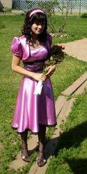Kleit booleroga koolilõpuaktuseks