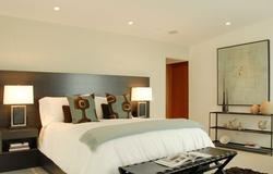 claire bedroom1