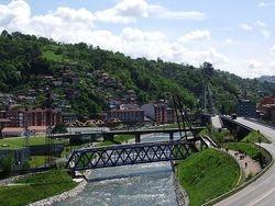 Rio Nalon entre La Felguera y Sama