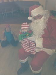 Visiting Day at the Dalmuir Class 2011 - Santa & Baby Josh