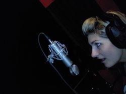 Leesa Mae in studio
