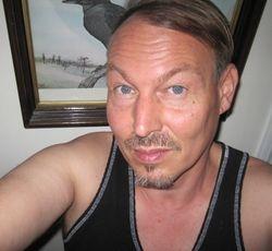 Author Kevin McLellen