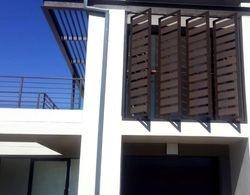 Pregola & Window Shields