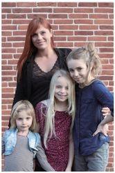 Britt, Maya, Nanna & Molly