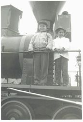 Catone kids on train