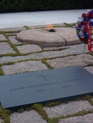 JFK grave and eternal flame