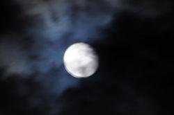 moon DOU