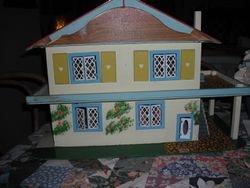 Charmaine's GeeBee House