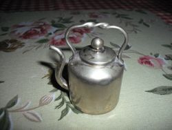 Mystery kettle! - quite large.