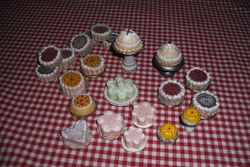 More cakes and puds!