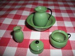 Green glass washing set.