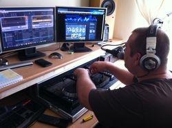 Dj Security Steve in studio 2
