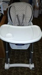 checked out-Graco High Chair Brown