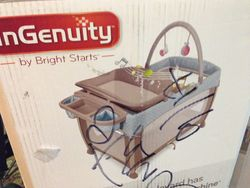 InGenuity Pack 'n Play with Bassinett and Changing Table