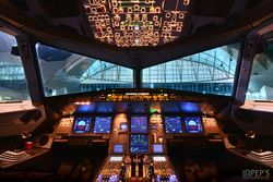 :: GLS Flight Deck ::