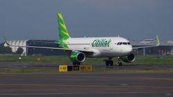 A320-214 PK-GLX