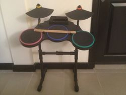 Wii DrumKit 300AED