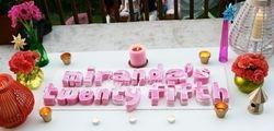 Alphabet cakes (SP114)