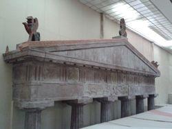 Trijumfalna kapija od porfira