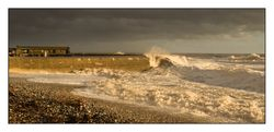 Storm Lyme Regis Cobb 2