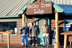 Breakfast @ Smiley Creek Lodge