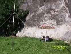Amplasare statie langa zidul cetatii